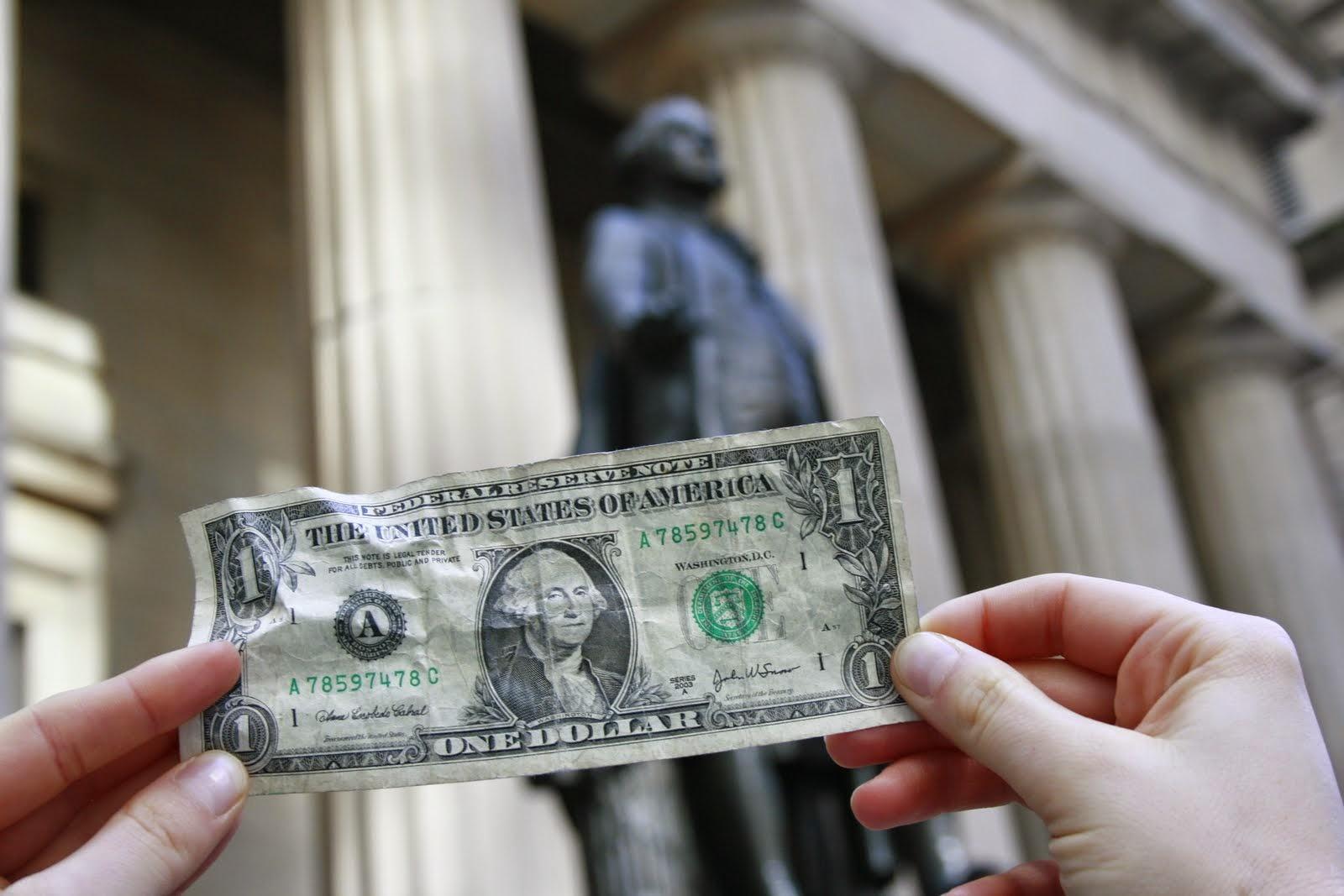 """""""In God we trust"""", steht auf der 1-Dollar-Note. Gott und Geld? (Foto: Jan Thomas Otte)"""