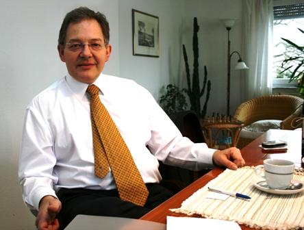 Professor Ulrich Hemel (Foto: Jan Thomas Otte)