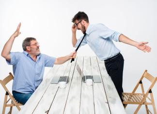 Lass' dich nicht über den Tisch ziehen! (Foto: Master1305/ Shutterstock)