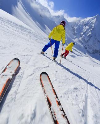St. Moritz ist ein Skispot - und der Ort eines besonderen Familienunternehmers... (Foto: gorillaimages/ Shutterstock)