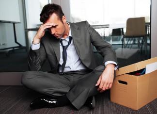 Stress mit Kollegen - schon die Umzugskisten gepackt? (Foto: baranq/ Shutterstock)