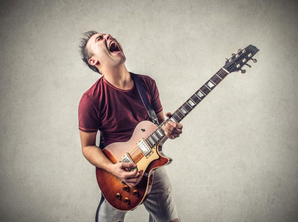 Biste auch immer solo motiviert? Kann sein, muss nicht (Foto: Ollyy/ Shutterstock)