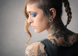 Karriere machen - mit oder ohne Tattoo. Charakter zählt... (Foto: Ollyy/ Shutterstock)