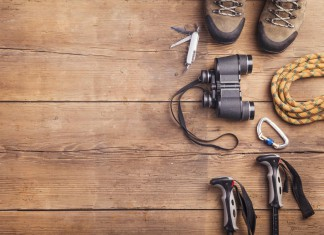 Gut ausgerüstet - und ein noch besserer Gastgeber. Service-Mentalität wird nicht nur in den Bergen groß geschrieben... (Foto: Halfpoint/ Shutterstock)