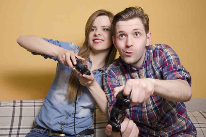 Guckst du! Spielen muss auch mal sein (Foto: Phoenixns/ Shutterstock)