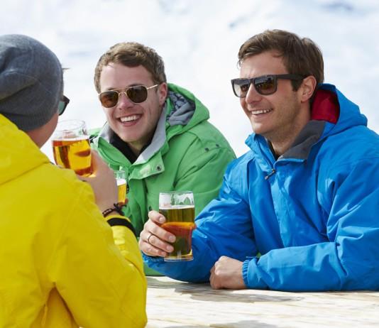 """Nur ein privater Ausflug, ganz leger? Networking will richtig """"gemacht"""" werden... (Foto: Monkey Business Images/ Shutterstock)"""