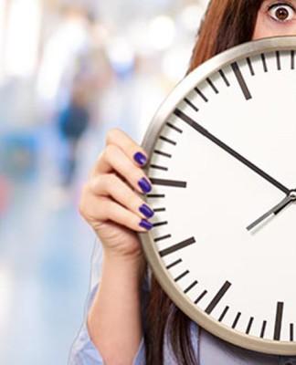 Raus dem Hamsterrad, dem Wettlauf gegen die Uhr. Es kann einfacher gehen... (Foto: Aaron Amat/ Shutterstock)
