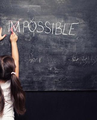"""Unmöglich? """"Das schaffst du nie..."""" - und andere Floskeln. Über den Mut, Dinge zu verändern und """"zu Boden zu bringen""""... (Foto: dreamerve/ Shutterstock)"""