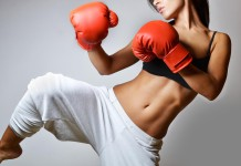 Sich durchzuboxen, ist eine Stärke. Für den Berufseinstieg ohne Wenn und Aber alles zu geben, auch eine Schwäche... (Foto: studio1901/ Shutterstock)