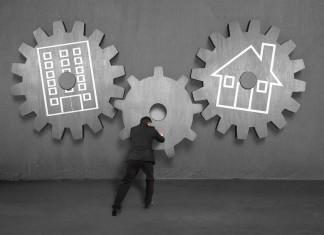 Controlling, nur was für Konzerne? Bau' ein Haus, kauf' eine Wohnung - und du wirst von ganze alleine zum Controller/in... (Foto: BsWei/ Shutterstock)