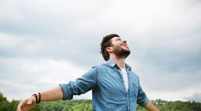 Freiheit! Am Besten was die Kohle angeht - und den Sinn des Lebens... (Foto: TunedIn by Westend61/ Shutterstock)