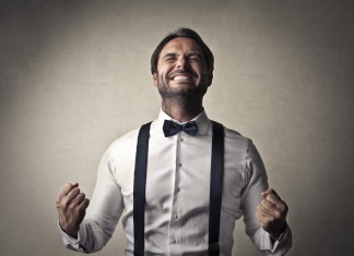 Job in der Tasche? Mit der richtigen Kleidung ankommen... (Foto: Ollyy/ Shutterstock)