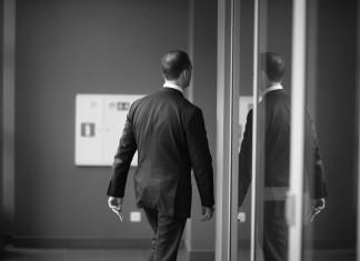Integer oder wachsweich? Prinzipien entscheiden, welchen Weg du gehst... (Foto: Anna Jurkovska/ Shutterstock)