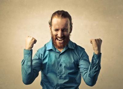 Du bist der Beste und der Tollste? Aufpassen (Foto: Ollyy/ Shutterstock.com)