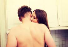 Sex in der Küche - oder am Arbeitsplatz? (Foto: Piotr Marcinski/ Shutterstock)