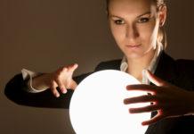 Banking der Zukunft? Innovationen werden gesucht, weniger der Blick in die Glaskugel... (Foto: shefkate/ Fotolia.com)
