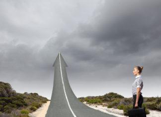 Karriere - eine Gerade? (Foto: Sergey Nivens/ Fotolia.com)