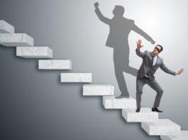 """Introvertiert? Du kannst trotzdem Wirkung entfalten und """"Karriere machen""""... (Foto: Elnur/ Shutterstock)"""