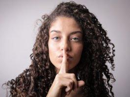 Psst! Nicht weitersagen, sonst machen es alle: Karriere... (Foto: Ollyy/ Shutterstock)