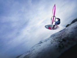 Von einem Sprung zum nächsten. Standsicherheit will gelernt sein, sicher auf dem Brett... (Foto: Corepics VOF/ Shutterstock)