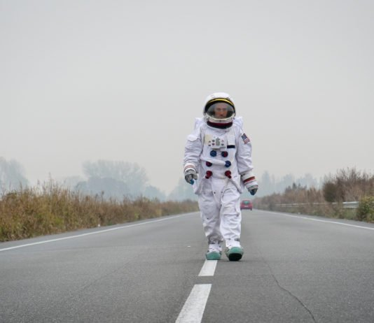 Absage bekommen? Nun, wenn es als Astronaut im Auswahlverfahren nicht geklappt hat, gibt es noch weitere Wege... (Foto: HQuality/ Shutterstock)