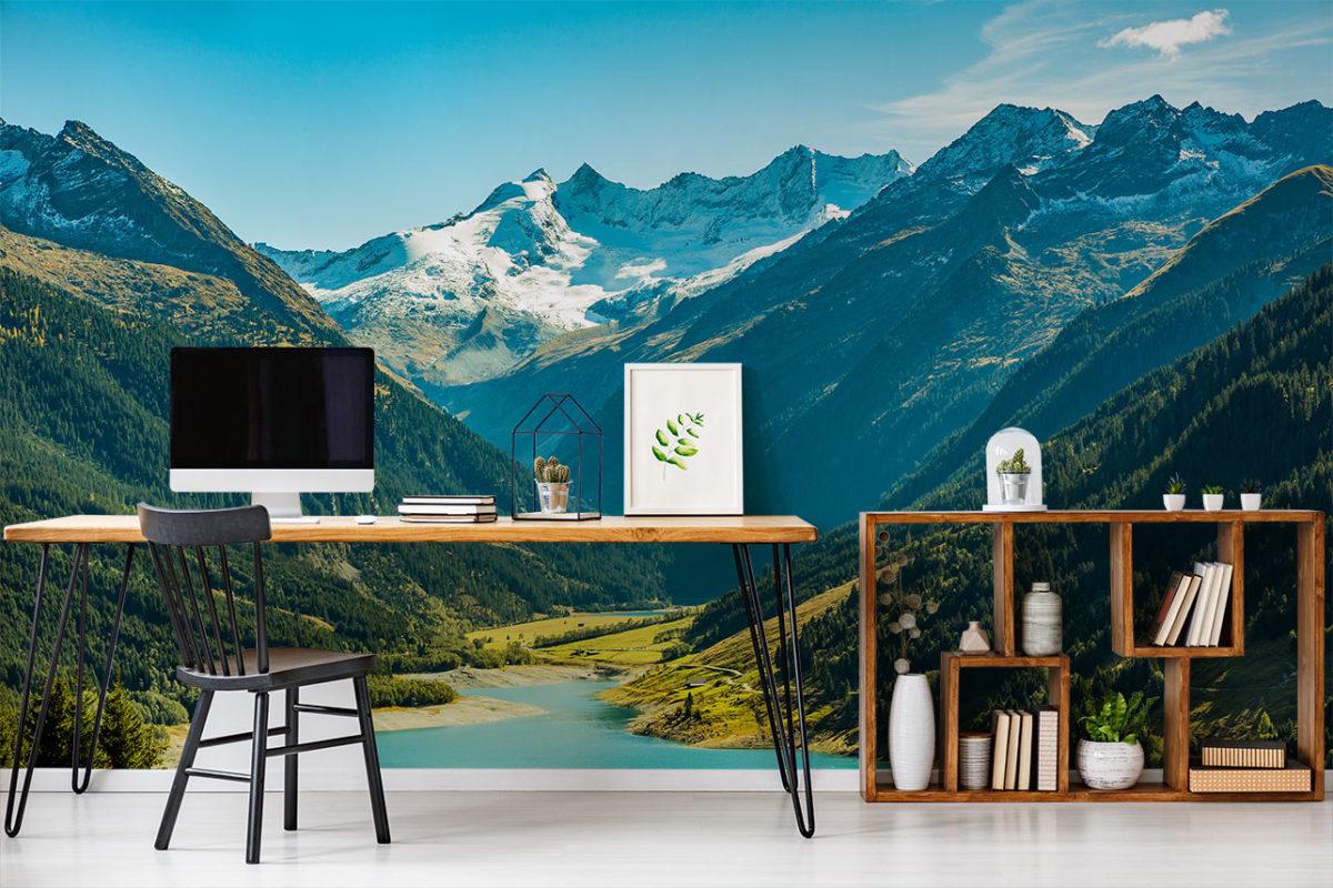 """Home-Office mit Fototapete """"Berge und Schnee"""" (Foto: myloveview.de)"""